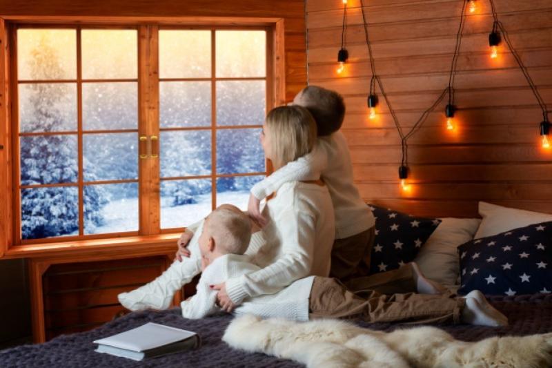 children-window-winter-indoors-comfort